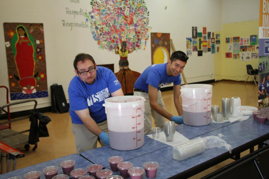 YLS volunteers getting the smoothies ready